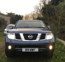 Nissan Pathfinder, 2.5L, Adventura, Auto, leather, fully loaded, air con, sat nav, Bluetooth