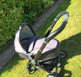 Baby style egg pushchair /pram with extras *will post *
