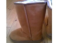 Ugg classic tall New 3.5 UK and 4.5 UK