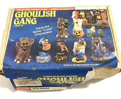 Paint Halloween Crafts (Vintage Wee Crafts 9 Piece Halloween Ghoulish Gang Ready to Paint Kit Accents)