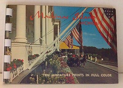 Vintage 1967 Souvenir Booklet of Mackinac Island Michigan Hiawatha Card Co Photo