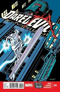 DAREDEVIL-30-NEAR-MINT-VOL-3-2011