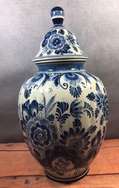 Large Delft Holland Ginger Jar & Lid Early Marks Floral Design Ribbed Sides 13