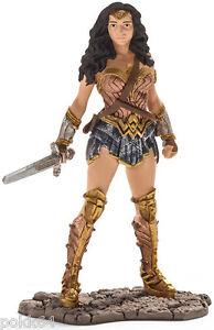 Batman v Superman figurine DC Comics Wonder Woman 3 7 8in Schleich figure 22527