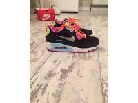 Girls/ladies Nike Air Max 90's