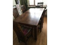 Extendable dining table and 6 chairs - solid wood