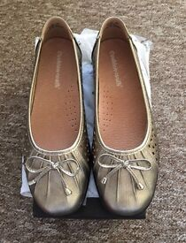 Brand New ladies flats REDUCED to £8