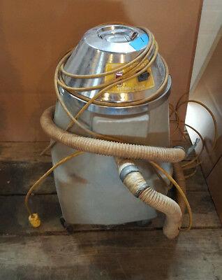 Nobles Wetdry Industrial Vacuum