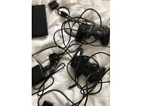SONY PLAYSTATION 2 - EXCELLENT WORKING ORDER - COMES WITH 14 GAMES - BARGAIN