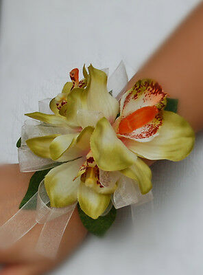 Orchid Wrist Corsage Wedding Prom Military Ball Parties.bridal/mother