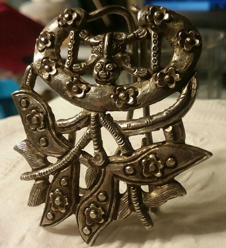 "Antique Jewelry:2"" SilverToneScarf Clip 180801"