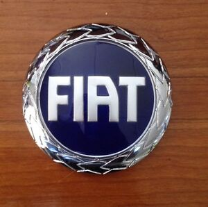 95 mm fiat doblo grande punto panda stilo front grille badge emblem logo ebay. Black Bedroom Furniture Sets. Home Design Ideas