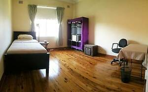 Furnished/Bills inc Houseshare Close to Westfield Room for rent Miranda Sutherland Area Preview