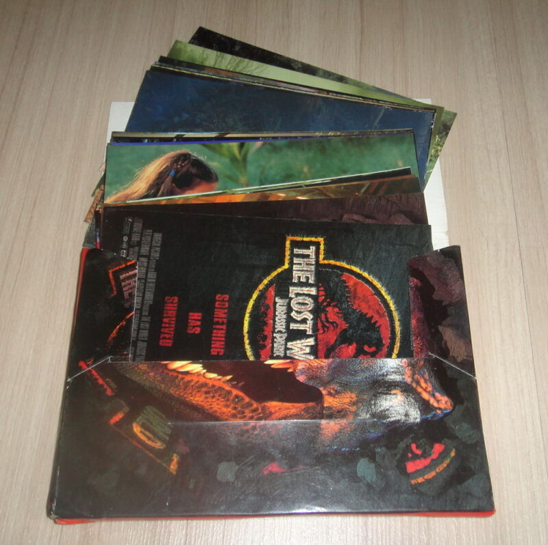 SET OF 28 The Lost World Jurassic Park Steven Spielberg POSTCARDS MINT in Folder