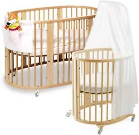 Stokke mini/cot and changing table