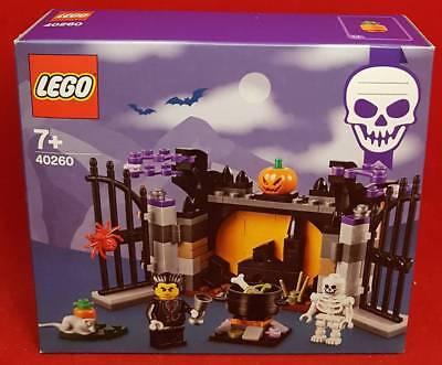 LEGO 40260 HALLOWEEN HAUNT House Vampire Skeleton Seasonal Building Brick Set  - Lego Halloween Scooby Doo