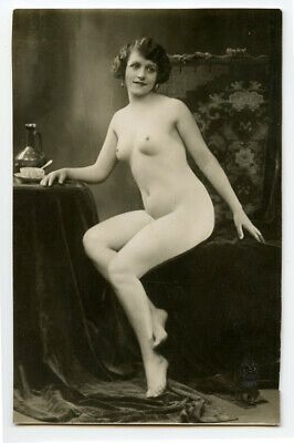 1920s Nude French RPPC Real Photo Postcard SEATED LADY Beautiful Woman