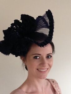 Navy blue fascinator large hair band piece races Newcastle Newcastle Area Preview