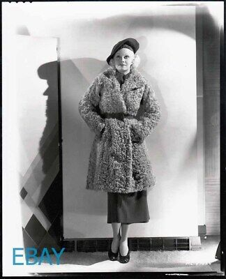 Jean Harlow nice outfit Photo From Original Negative - Outfits From Movies