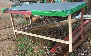 Work bench table craft tools garden Parkerville Mundaring Area Preview