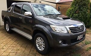 2015 Toyota Hilux SR5 4X4 auto dual cab Marden Norwood Area Preview