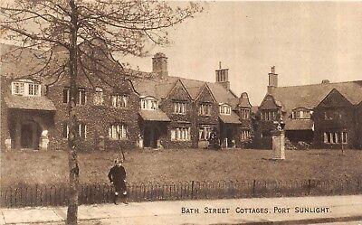 POSTCARD    WIRRAL    PORT  SUNLIGHT   Bath  Street   Cottages