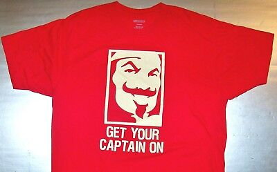 CAPTAIN MORGAN / HALLOWEEN 2010 / RUM / GET YOUR CAPTAIN ON / RED T-SHIRT SIZE L - Morgan Halloween