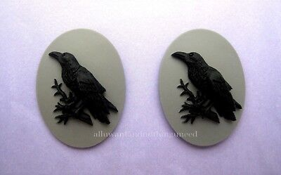2 BLACK BIRD GOTH CROW RAVEN on Gray Grey 40mm x 30mm Costume Jewelry CAMEOS EMO