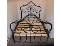 DOUBLE METAL BLACK AND GOLD BED FRAME