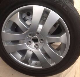 4 x Freelander 2 / RR Evoque 19 inch Triple Sport Alloy wheels & Continental Cross Contact Tyres
