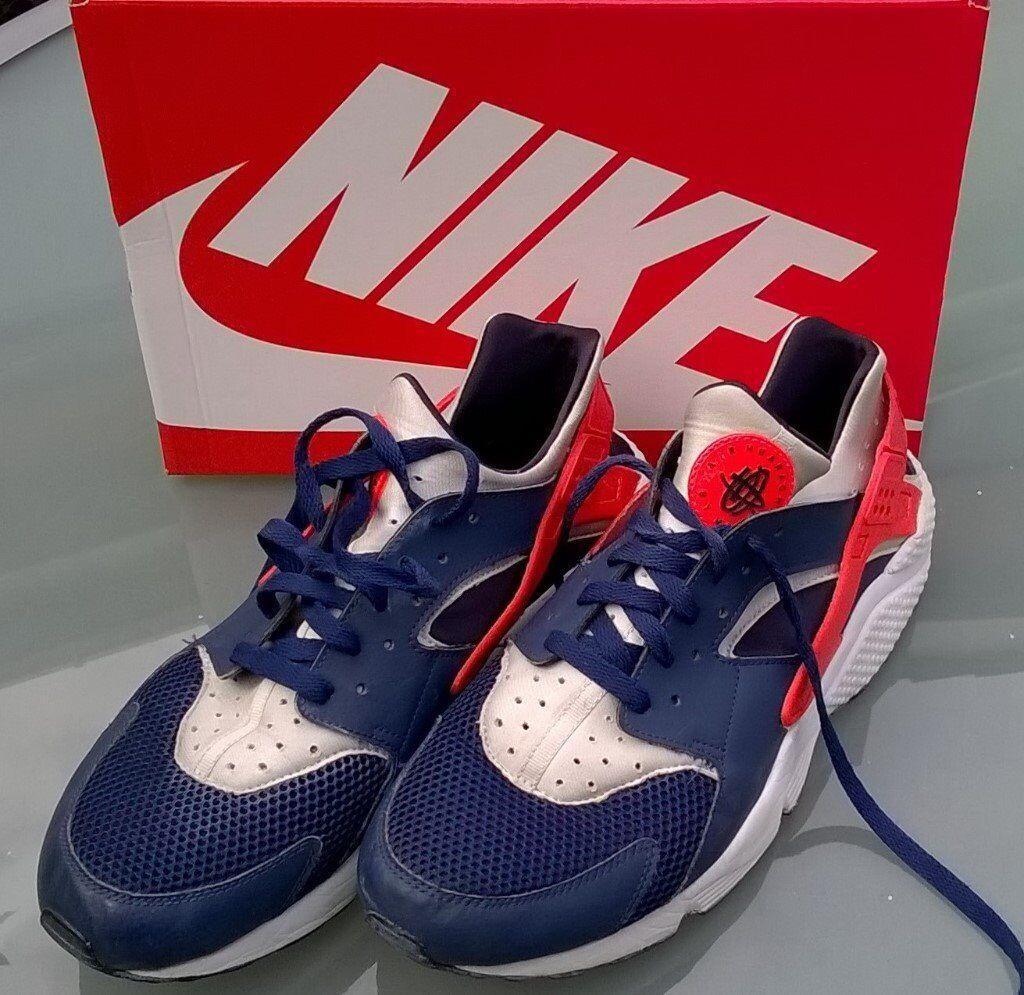 894494d949b7 MENS NIKE AIR HUARACHE TRAINERS - UK SIZE 12   EU SIZE 47.5 - Blue White  Orange