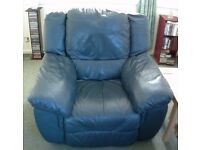 *** £80 *** EACH LUXURY SOFT HIGH GRADE REAL LEATHER FULL RECLINING HEAVY DUTY SOFA CHAIRS