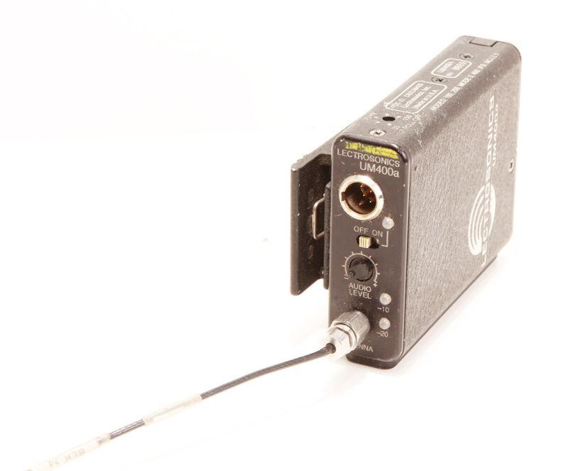Lectrosonics UM400a wireless transmitter - Block 24 (614.4-639.9mhz)