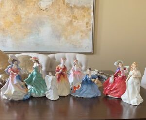 ANTIQUE!!! Royal Doulton Figurine - 8 piece set!!!