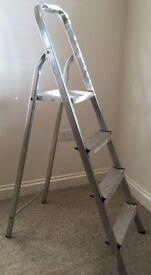 Lightweight aluminium platform step ladders