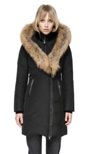 KAY mid length classic down coat with fur collar