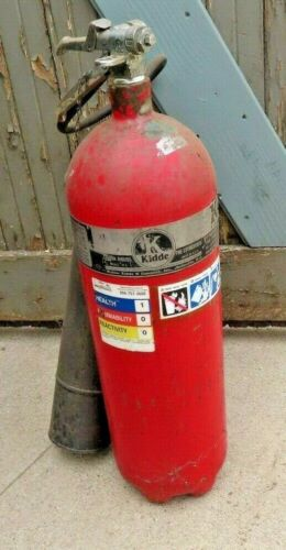 fire extingquisher co2 nice condition general high end not cheap