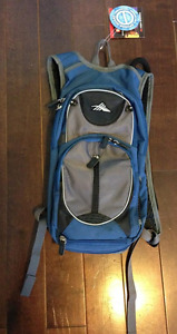 High Sierra Hydration Pack (2L)