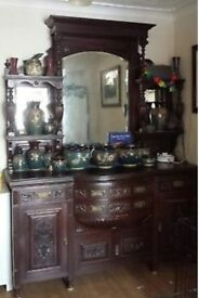LARGE DRESSING TABLE WITH MIRROR EXCELLENT CONDITION
