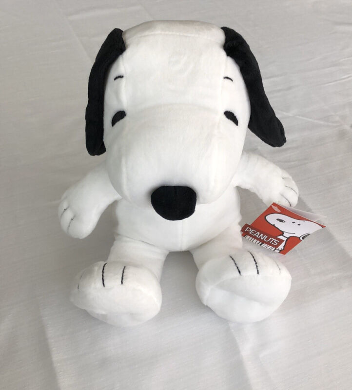 NWT Peanuts Charlie Brown Character Snoopy Plush