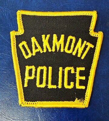 OAKMONT, PENNSYLVANIA POLICE (SMALL) SHOULDER PATCH PA