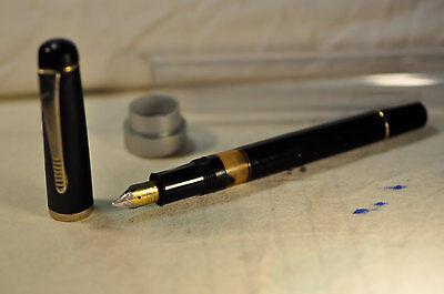 """""""Flair My-pen"""" Black Piston Filler Fountain pen Made in India w/box Circa 1969's"""