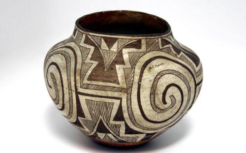 """Acoma Black On White Pottery Olla 10.5"""" X 8.75"""" C.1920  W/painted Word """"acoma"""""""