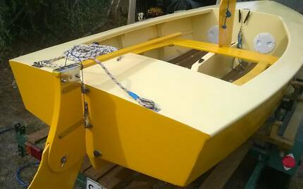 Heron Sailing dinghy - plywood - no trailer, restored & repainted