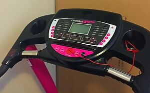 Treadmill - Cardiotech X9 Pro (Pink) cash or credit card accepted Lower Plenty Banyule Area Preview