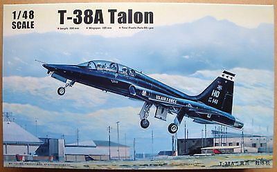 TRUMPETER® 02852 US Air Force T-38A Talon in 1:48