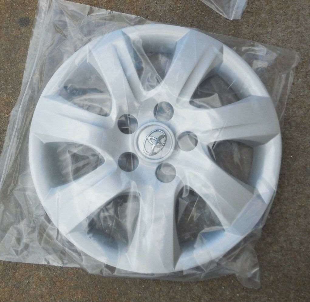 Used 2010 Toyota Camry Hub Caps For Sale