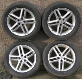 Lot 4 MOMO 16-inch Alloy Wheels, KBA 43297, 7.5J, Mitsubishi Eclipse?
