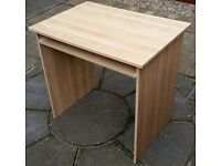 ikea small desk. 80cm wide x 55cm depth. In used but good condition.