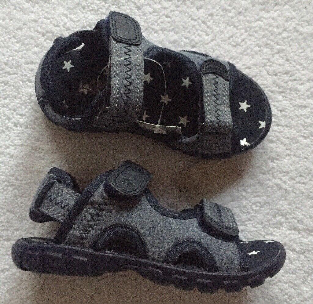 3c6acebd01 BNWT Boy Navy Sandal - Infant Size 6 | in Dundee | Gumtree